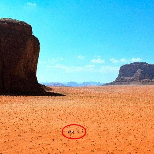 pequeños humanos desierto