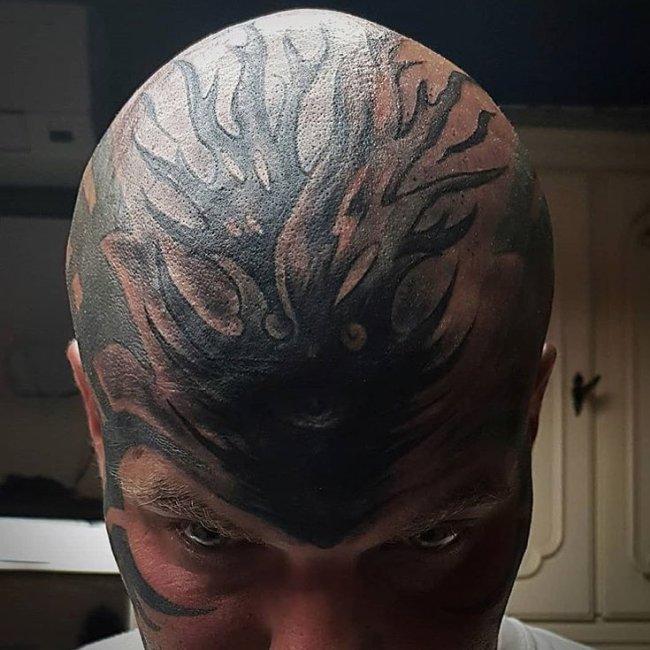 Tatuajes feos frente