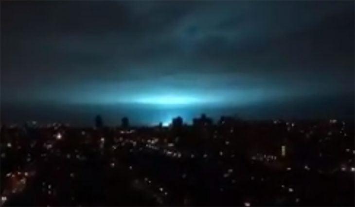 Luz azul en nueva york