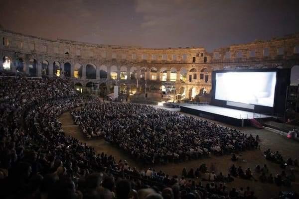 Coliseo cine