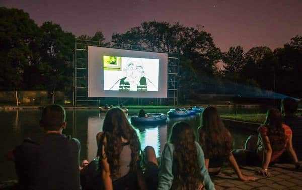 Cine en Lago Anibar