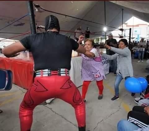 México surrealista lucha libre