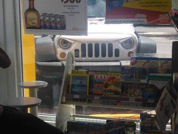 Objetos con mensaje jeep