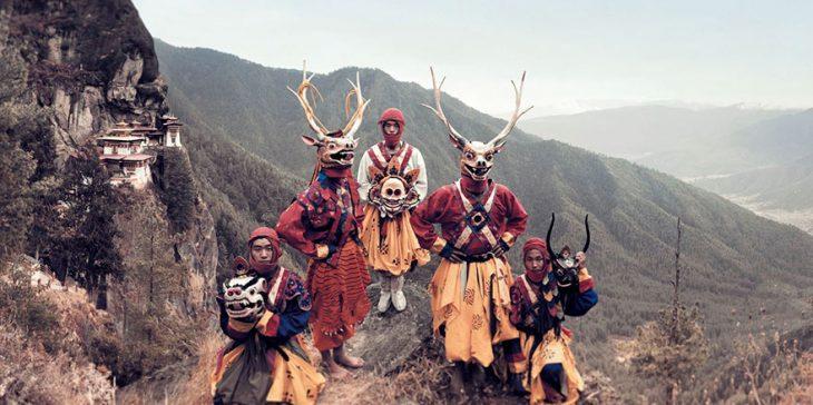 Danzarines enmascarados, Paro, Bután
