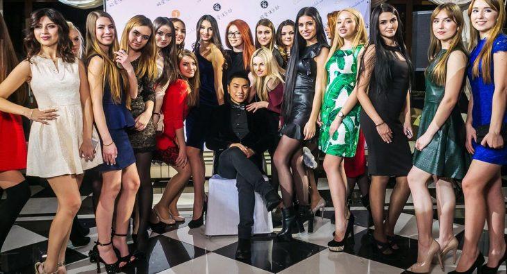 Chino con mujeres