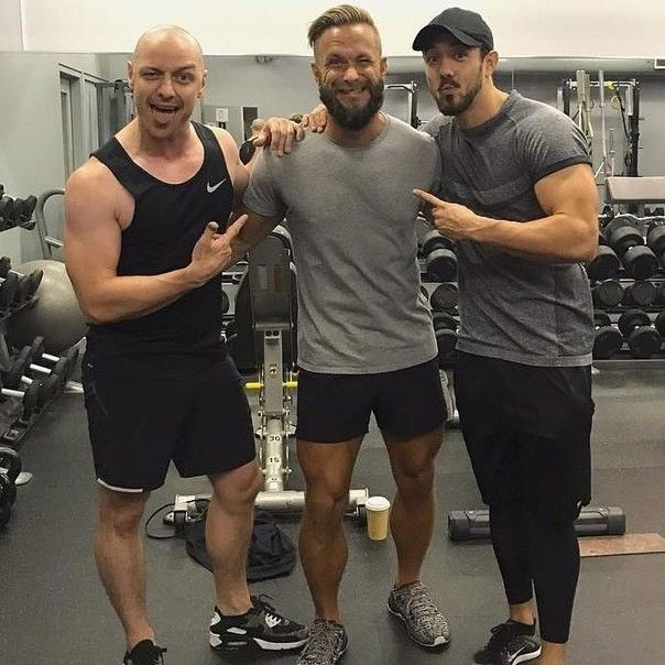 James McAvoy en el gimnasio