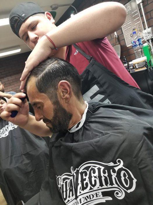 barbería cambia vagabundo