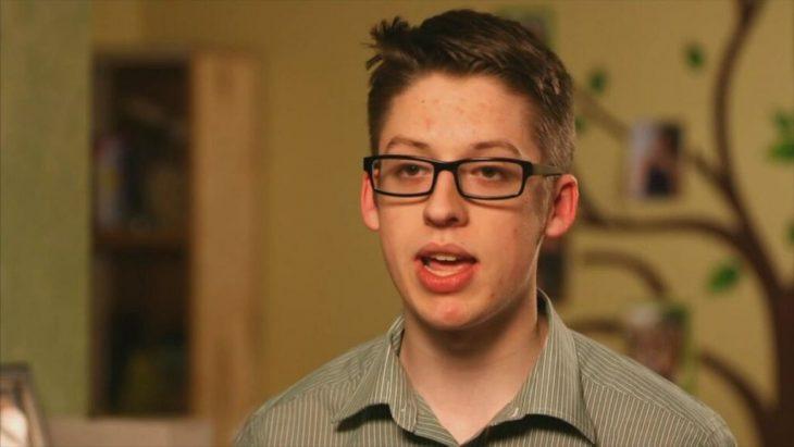 joven se vacuna para rebelarse contra padres antivacunas entrevista
