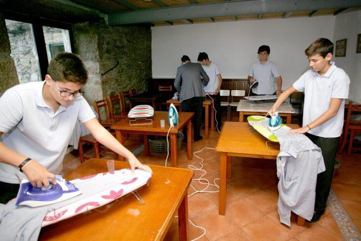 actividades casa hombres escuela