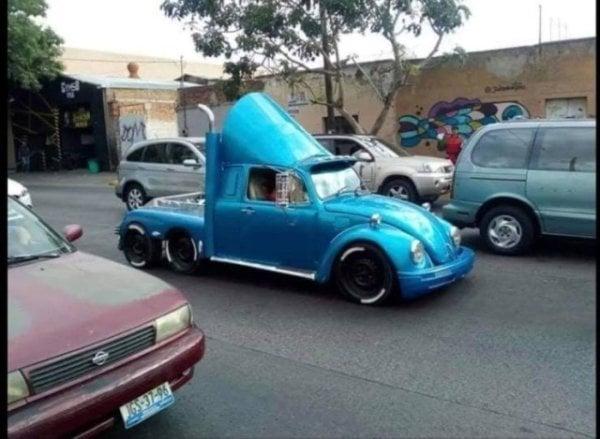 carros extraños