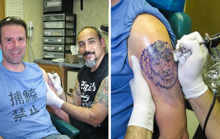 hombre supera a su ex viajando tatuaje