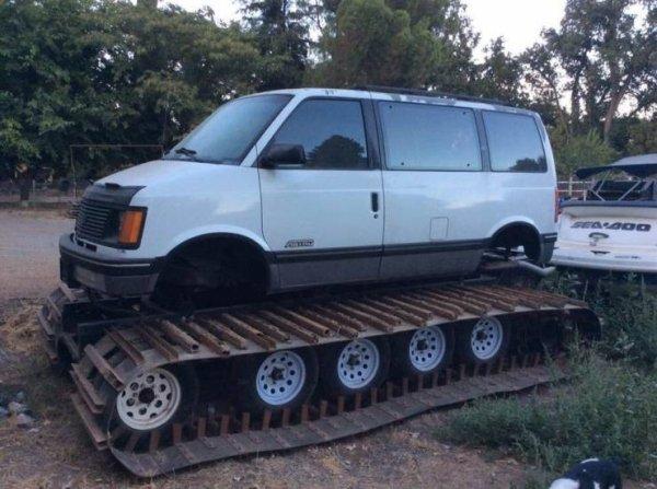 autos modificados feos tanque