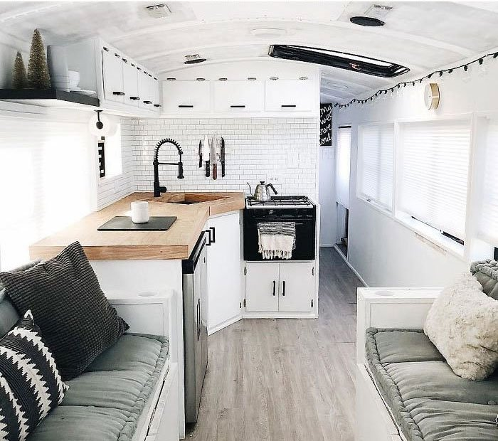 casas rodantes hechas a partir de una Van o un camión