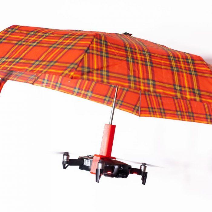 Inventos innecesarios dron sombrilla