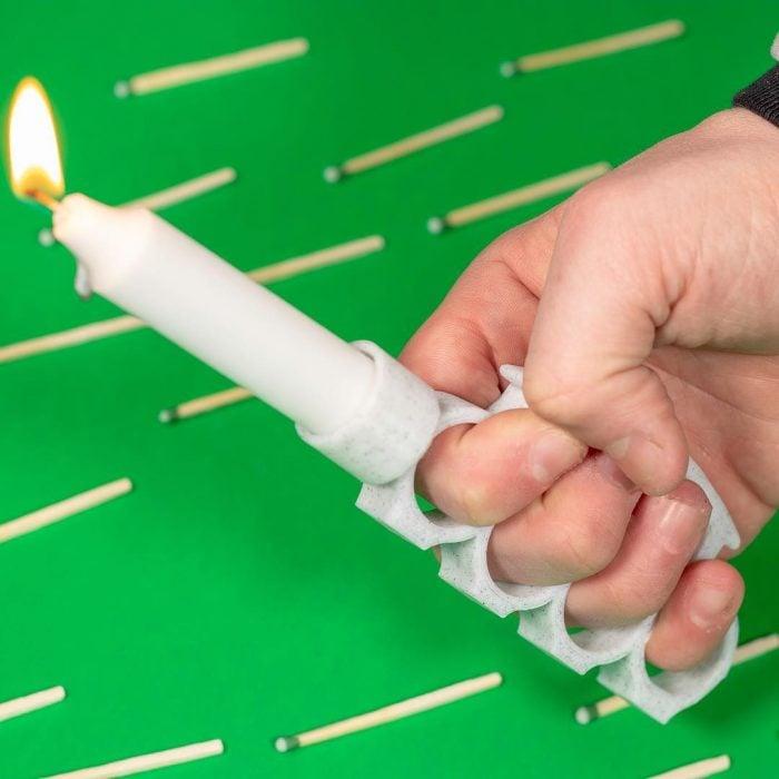 Inventos innecesarios soporte velas