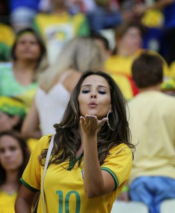 Mujer brasileña