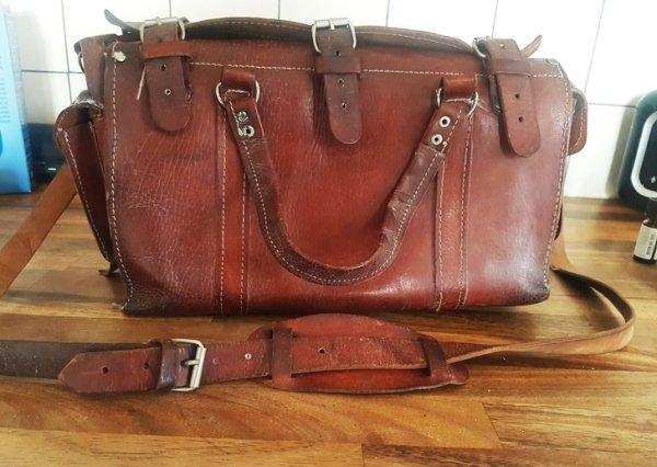 Objetos antiguos que aún sirven bolsa de viaje