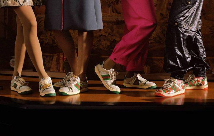 Gucci y el diseñador Alessandro Michele intencionalmente los fabricaron así para tener un efecto desgastado