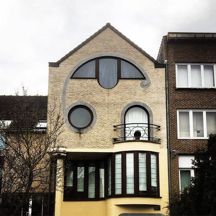 casa bélgica fea