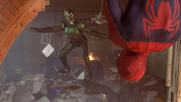 armas superheroe