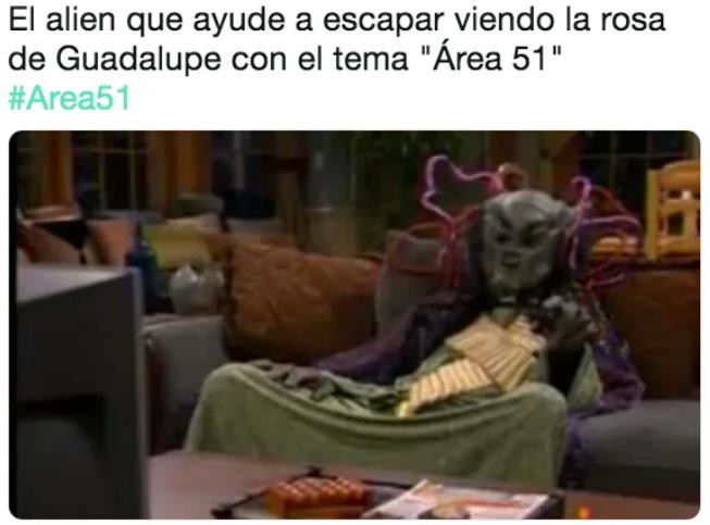 alien meme área 51
