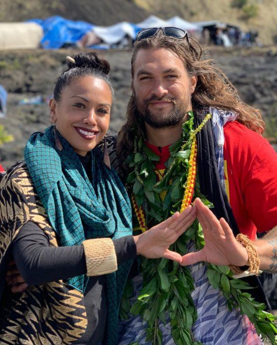 Jason Momoa amenaza no filmar aquaman 2 www.laguiadelvaron 2 562x700 Jason #Momoa amenaza con no filmar #Aquaman2, si destruyen un volcán en #Hawái