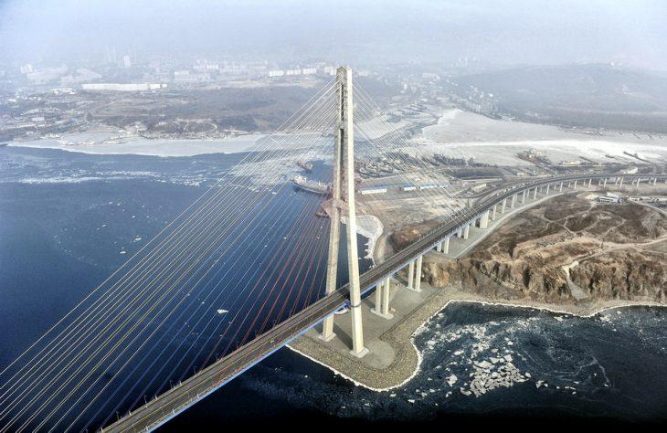 Puente Russky