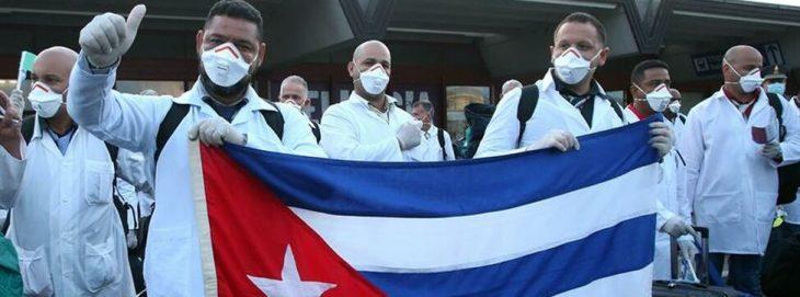 Doctores cubanos en Italia