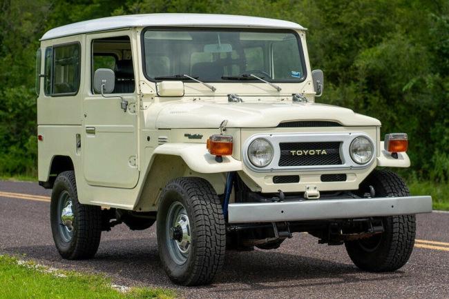 1977-Toyota-FJ-Cruiser-Land-Cruiser-4x4-1