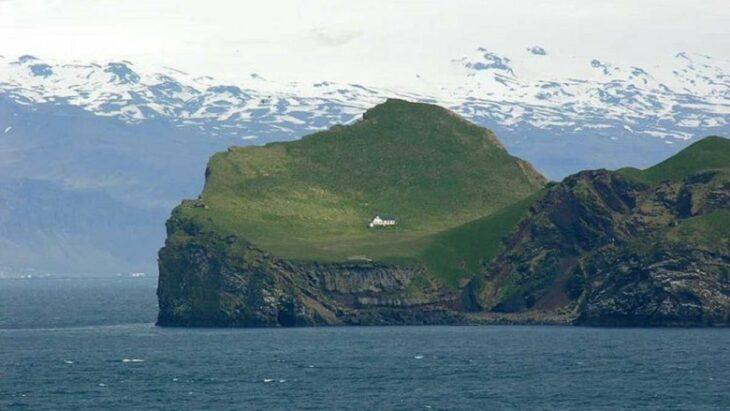 casa aislada de islandia