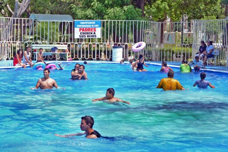 piscina pública