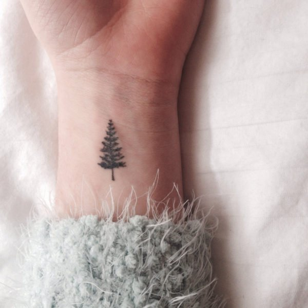 15 Tattoo Ideas For Those Who Love Aesthetic Style 6
