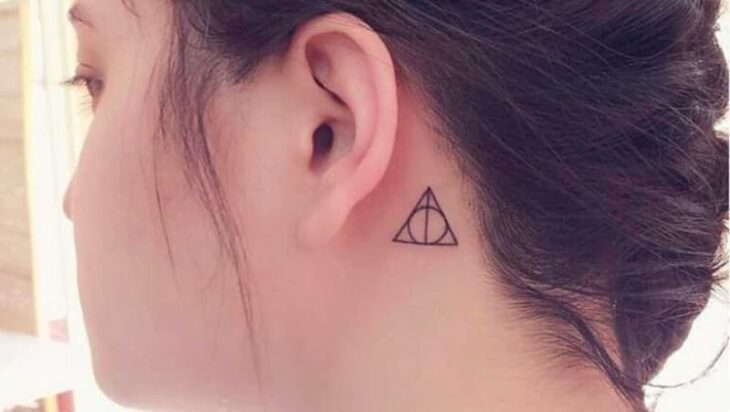 15 Tattoo Ideas For Those Who Love Aesthetic Style 3