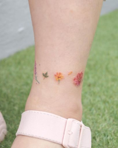 15 delicate floral tattoos perfect for the season 4