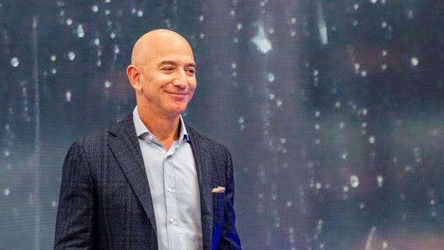 %name Jeff Bezos se convertirá en el primer multimillonario en viajar al espacio de vacaciones
