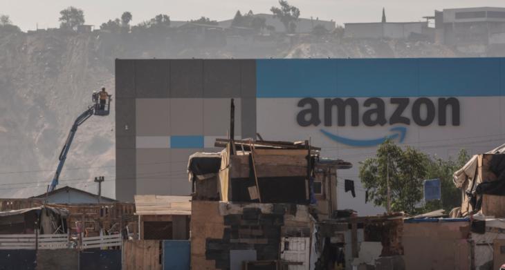 amazon tijuana2 730x391 #Amazon abre un almacén de lujo en una de las zonas más marginadas de Tijuana; así se ven los contrastes