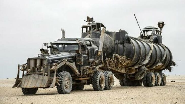 %name Australia subastará 13 impresionantes coches que salieron en 'Mad Max: Fury Road'