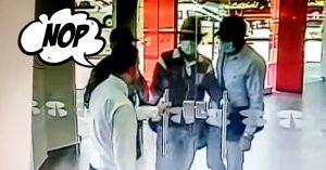 Ladrones intentan robar un banco y un tranquilo empleado les cierra la puerta en la cara; se van