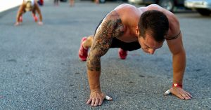 10 Ejercicios de 10 minutos que todo Hombre debe hacer cada día para transformar su cuerpo