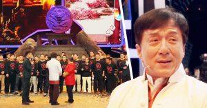 Jackie Chan rompe en llanto al ver a sus primeros dobles; cuando aún no era famoso